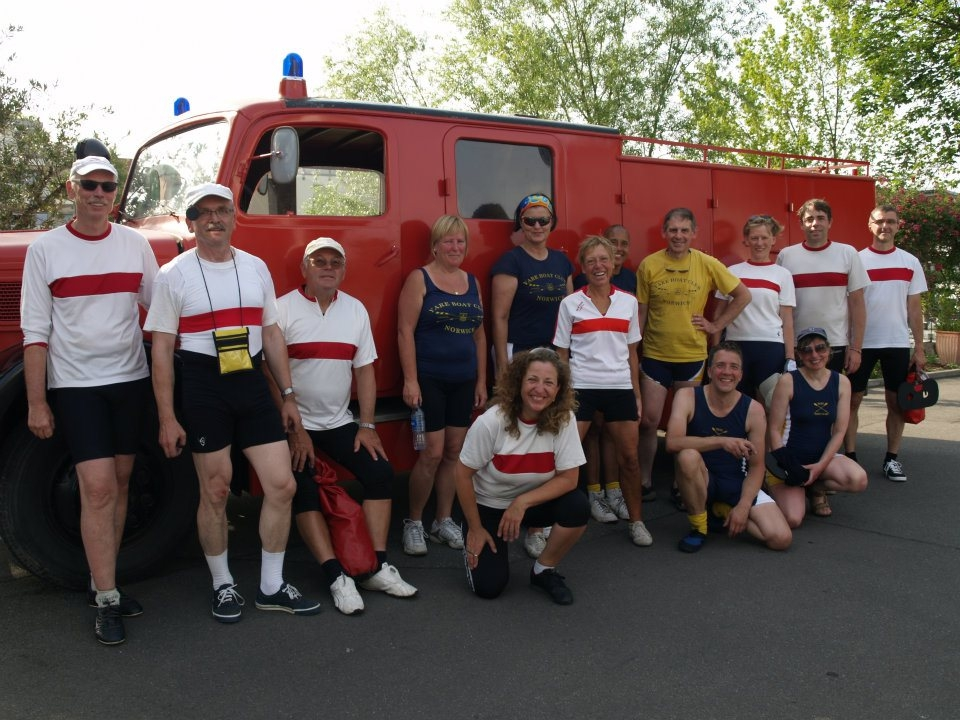 After 20km on the Rhein we're all still smiling